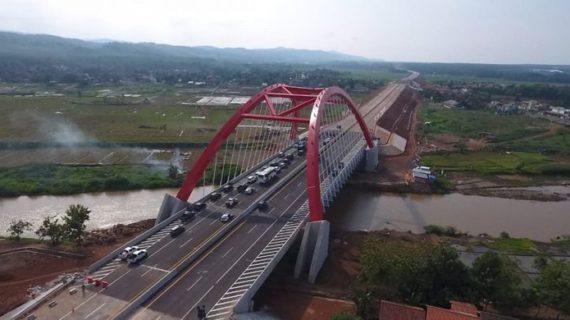 Kisah Jembatan Merah