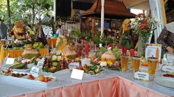 Sroto Klamud Sabet Juara I Lomba Makanan Khas Jawa Tengah